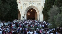 KONTROL NOKTASI - 90 Bin Müslüman Bayram Namazını Mescid-İ Aksa'da Kıldı