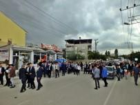 BURHAN KAYATÜRK - AK Parti'den Hacıbekir Mahallesi'ne Çıkarma