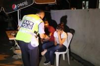 Alkollü Sürücü Nöbet Kulübesine Çarptı Açıklaması 1 Polis Yaralı