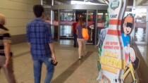ANKARA VALİLİĞİ - Ankara'daki AVM'ler Bayramın Birinci Günü Çalıştı