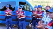 UZMAN JANDARMA - Kavga İhbarına Gelen Askerlere Kutlama Sürprizi