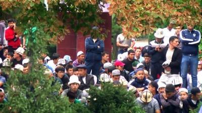 Kırgızistan'da Ramazan Bayramı Kutlanıyor