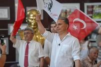 TÜRK BAYRAĞI - Muratpaşa Belediyesi'nde Gençlik Orkestrasından Flash Mob