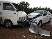 ERGUVAN - Bilecik'te Trafik Kazası, 1'İ Ağır 6 Kişi Yaralı