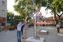 İSTİKLAL - Bu Ağaçtan Şeker Fışkırdı