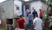 YILDIRIM DÜŞMESİ - Çanakkale'de Eve Yıldırım Düştü Açıklaması 1 Yaralı