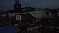 SAMANLıK - Fırtına Samanlık Çatısını Ve Duvarını Yıktı