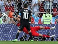 LİONEL MESSİ - Messi penaltı kaçırdı!