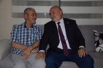 UÇAK GEMİSİ - Milletvekili Adayı Yelis, Kıbrıs Gazisini Evinde Ziyaret Etti