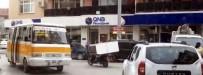 BUZDOLABı - Motosikletle Buzdolabı Taşıdı