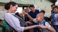 ANGELİNA JOLİE - Angelina Jolie Irak'ta Evsiz Aileleri Ziyaret Etti