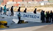 OTURMA İZNİ - Aquarius Gemisindeki Mülteciler İspanya'ya Ulaştı