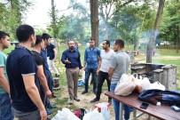 CEPHANELİK - Başkan Doğan, Piknikçilerin Misafiri Oldu