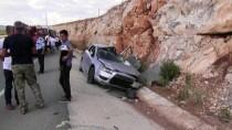 YOLCU MİDİBÜSÜ - Didim'de Trafik Kazası Açıklaması 10 Yaralı