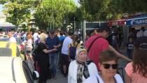 SAKIZ ADASI - Ege Rivierası'nda Turizm Yoğunluğu