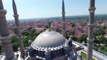 BAYRAM ZİYARETİ - Selimiye'de Ziyaretçi Yoğunluğu