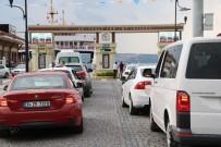 DENIZ OTOBÜSÜ - Tatilcilerin Dönüş Çilesi Devam Ediyor