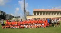 Adanaspor'da Bin 100 Sporcu İle Futbol Şenliği