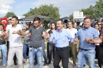 AHMET ATAÇ - Başkan Ataç Bayram Sevincini Paylaştı