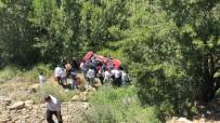 Çorum'da İki Ayrı Trafik Kazası Açıklaması 1 Ölü, 10 Yaralı