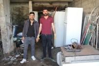 SONBAHAR - Hurda Malzemelerden Ekmeklerini Çıkarıyorlar