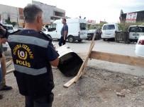GAZ SIKIŞMASI - Ostim'de Kamyonun Yakıt Deposundaki Tamirat Sırasında Patlama Açıklaması 1 Yaralı
