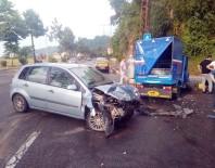 Otomobil İle Patpat Çarpıştı Açıklaması 9 Yaralı