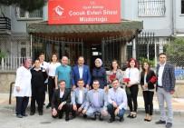 BAYRAM HEDİYESİ - Uşak Belediyesi'nden Bayrama Özel Ziyaretler