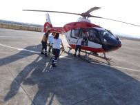 SAĞLIK PERSONELİ - Ambulans Helikopter Hızır Gibi Yetişiyor