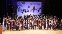 YUSUF ÖZTÜRK - Anadolu Üniversitesi Eczacılık Fakültesi'nde Mezuniyet Sevinci