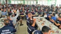 ŞEKER FABRİKASI - Başkan Akay, Çalışanlarla 'Ordunun Duası' İle Bayramlaştı