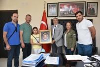 ÖĞRETMEN - Başkan Bozkurt Misafirlerine İnönü'yü Gezdirdi