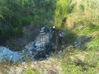 DİKKATSİZLİK - Biga'da Otomobil Yandı