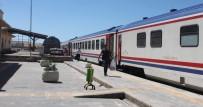 DEVLET DEMIR YOLLARı - Bilet Fiyatlarını Pahalı Bulanlar Trene Yöneldi