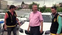Çalınan Otomobili Bulunan Memur Çifte Sevinç Yaşadı