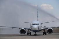 YOLCU UÇAĞI - Diyarbakır'dan Almanya'ya Uçak Seferleri Başladı