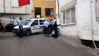 Genç Kadını Bebeğinin Yanında Hunharca Öldürdüler