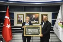 SULTANAHMET MEYDANI - Hamza Cebeci'den Başkan Ay'a Ziyaret