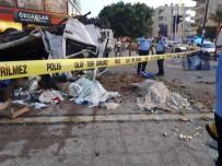 TıP FAKÜLTESI - Kamyonet le otomobil çarpıştı: 2 ölü, 6 yaralı
