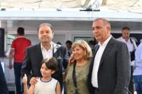 MALTEPE BELEDİYESİ - Maltepeli Kadınlar Halay Eşliğinde Boğaz Turu Yaptı