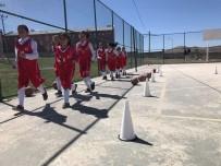 ÖĞRETMEN - Özalp İlçesinde 'Gençler Sporla Hayat Bulsun' Projesi
