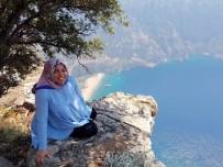ÖLÜDENİZ - Son Fotoğrafını Kendi Eliyle Çekten 7 Aylık Hamile Kadın Kayalıklardan Düşerek Hayatını Kaybetti