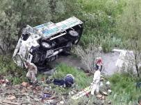 Uçuruma Yuvarlanan Aracın Sürücüsü Sıkışarak Hayatını Kaybetti
