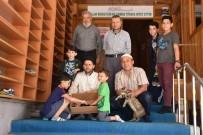 Camide Yavrulayan Kediye Cemaat Sahip Çıktı