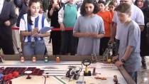 GENÇ MUCİTLER - Erzurum'da Robotlar Kodlanarak Yarıştı