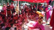 SİHİRBAZLIK - Hırvatistan'da Rengarenk Festival