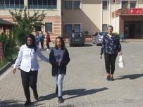 BERFIN - İstanbul'da Kayıp Olan 3 Çocuktan Berfin, Niksar'da Annesine Teslim Edildi