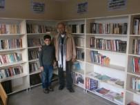 ÇOCUK ŞENLİĞİ - Hayatını Kütüphane Oluşturmaya Adadı