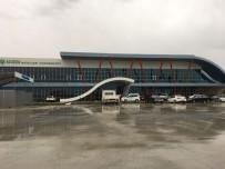 PANCAR EKİCİLERİ KOOPERATİFİ - Yağmur Bina Tavanını Çökertti