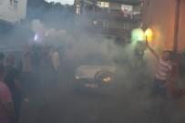 FARUK ÖZLÜ - AK Parti'ye Yeşil Mahalle'de Konfetili, Meşaleli Karşılama